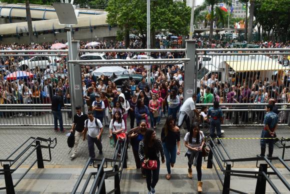 Estudantes passarão por detectores de metal nos locais de prova do Enem