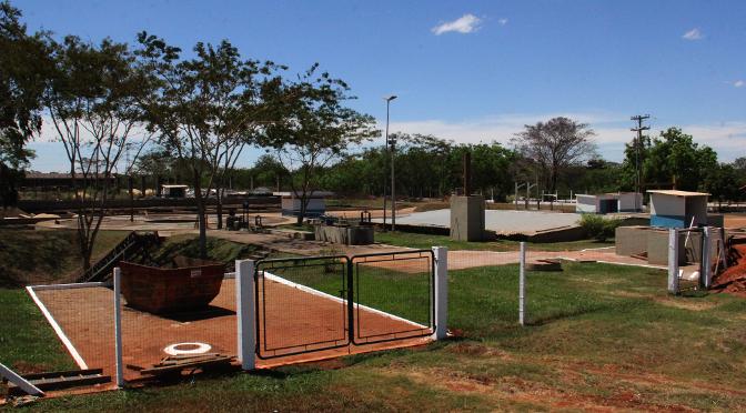 Com parceria da União, a Sanesul investirá até 2018, cerca de R$ 150 milhões na implantação e ampliação das redes de água e esgoto.