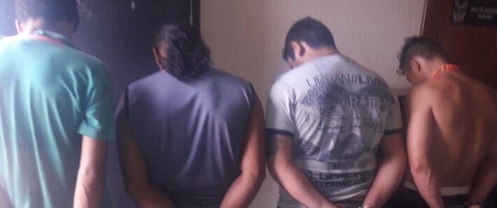 Autores foram presos pela PM em motel