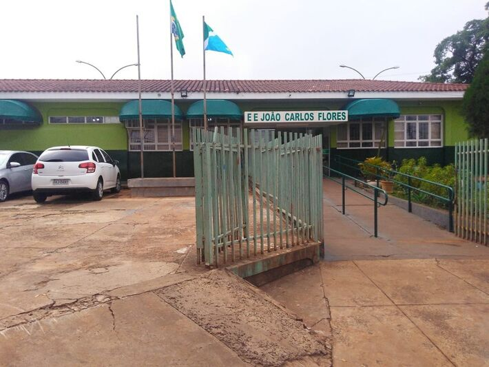 Escola Estadual João Carlos Flores, onde ocorreu a explosão da panela de pressão na manhã desta terça-feira (20)