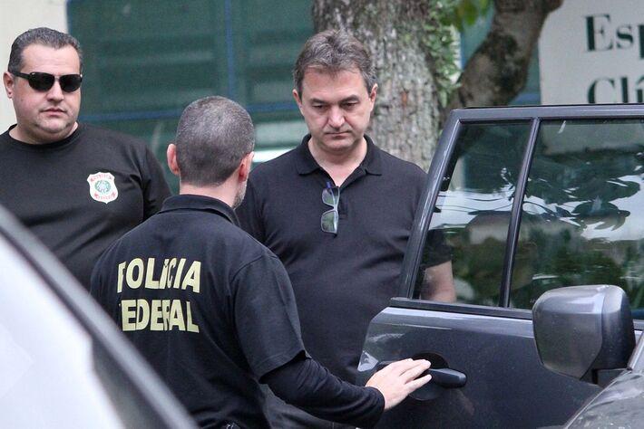 Empresário Joesley Batista deixa o Instituto Médico Legal (IML) Central de São Paulo após ser preso nesta sexta-feira (9) pela PF