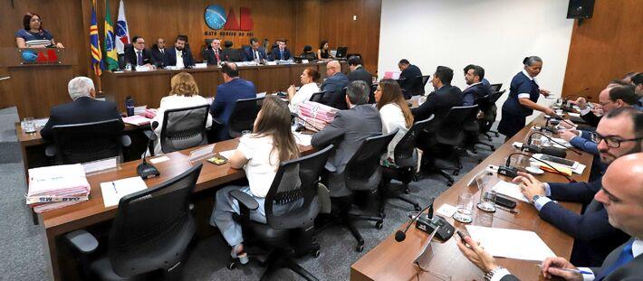 Slide Reuniao do Conselho Seccional. OAB/MS aprova Resolução das Eleições 2018. Data: 31/08/2018