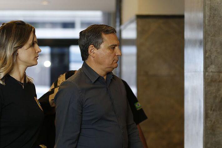 Régis Fichtner durante a Operação C'Est Fini, quando foi preso em novembro