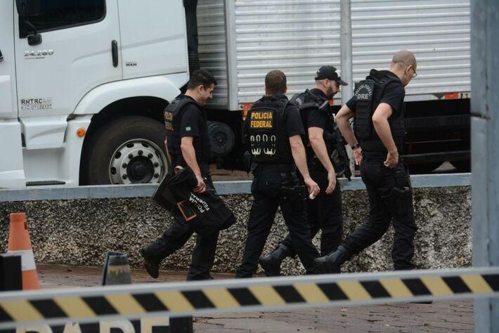 Um dos alvos da operação foi condomínio no Jardim TV Morena