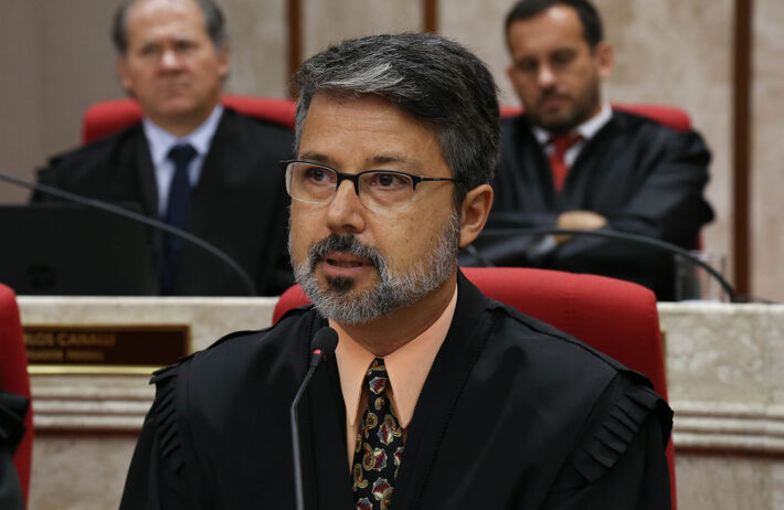 O desembargador Victor dos Santos Laus, eleito para presidir o Tribunal Regional Federal da 4ª Região a partir de 27 de junho
