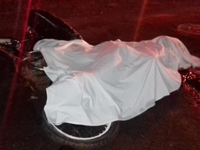 Motociclista de 18 anos morreu no local do acidente