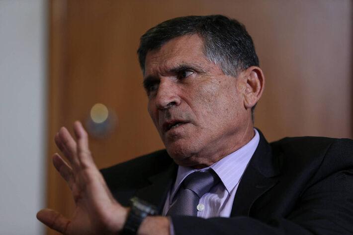 O ministro da Secretaria de Governo de Bolsonaro, General Santos Cruz