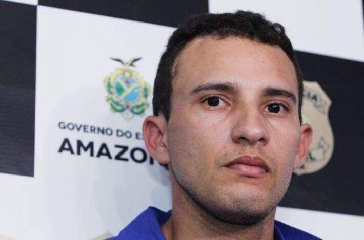 Rogério Alexandrino dos Santos, de 27 anos, durante apresentação. Ele confessou o crime