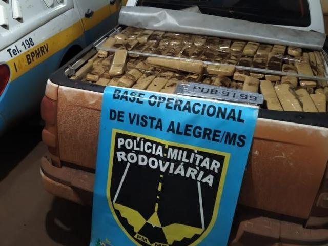 Carga de maconha apreendida em Maracaju em S-10