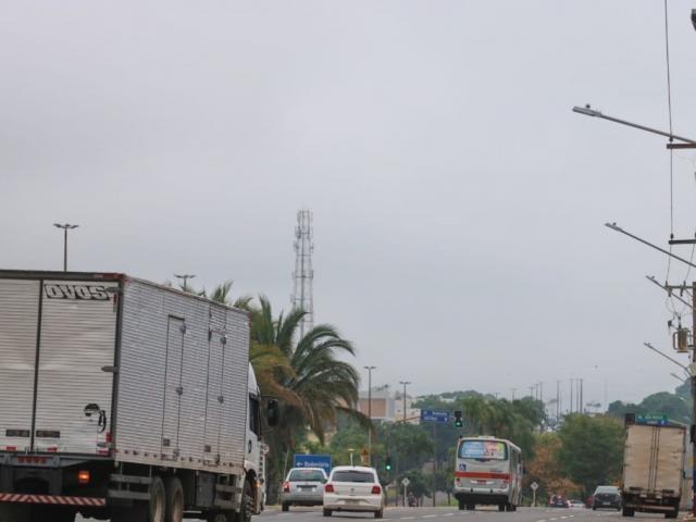 Céu nublado em Campo Grande no início desta manhã