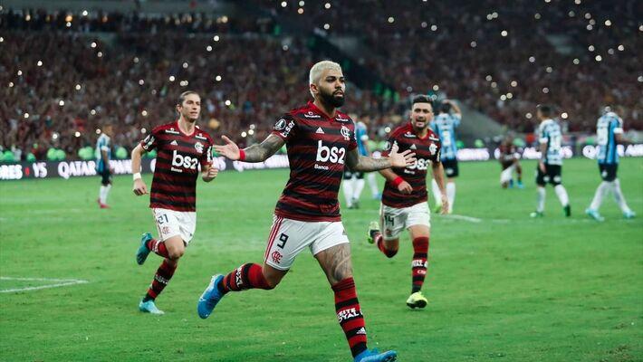 Gabigol comemora gol pelo Flamengo