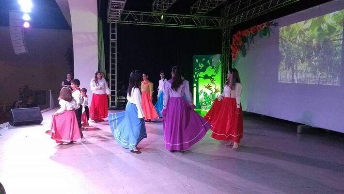 Sétima edição da Noite Cultural Especial, realizada ano passado, reuniu dezenas de escolas e centros de educação infantil