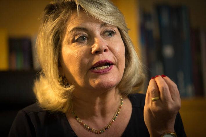A ex-senadora Juíza Selma Arruda (Podemos-MT), durante entrevista à Folha. A parlamentar teve o mandato cassado pelo Tribunal Regional Eleitoral do Mato Grosso (TRE-MT), por abuso de poder econômico, e pode deixar o partido