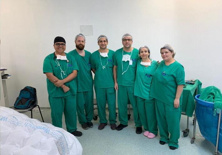 César Penaloza, Fernando Zylberstejn, André Amate, Tales de Nadai, Karla Aguado e Daniele Lourenço