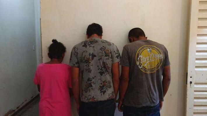 Mãe, filho e sobrinho acabaram presos após noite violenta