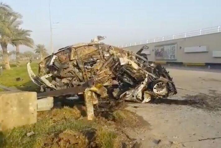 Carro bombardado pelos drones americanos