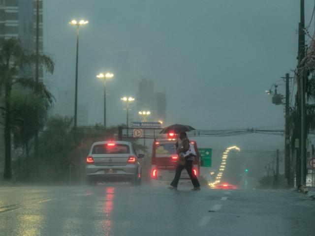 Tempo muda e Inmet alerta para chuvas intensas em todo o MS