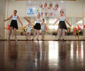 Ballet é uma das atividades oferecidas
