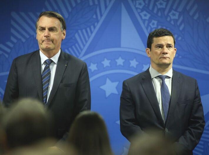 O presidente Jair Bolsonaro e o ministro da Justiça Sergio Moro