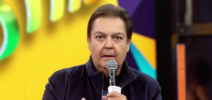 Fausto Silva está a frente do Domingão do Faustão há 30 anos: apresentador diz que jamais se candidatará