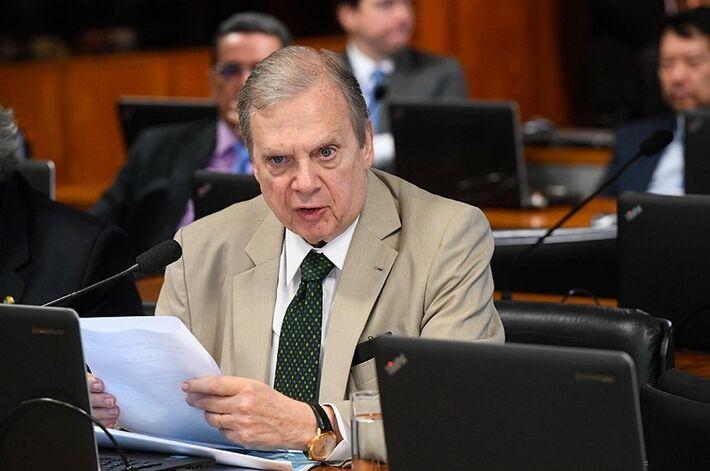 O senador Tasso Jereissati (PSDB-CE) é o relator da matéria