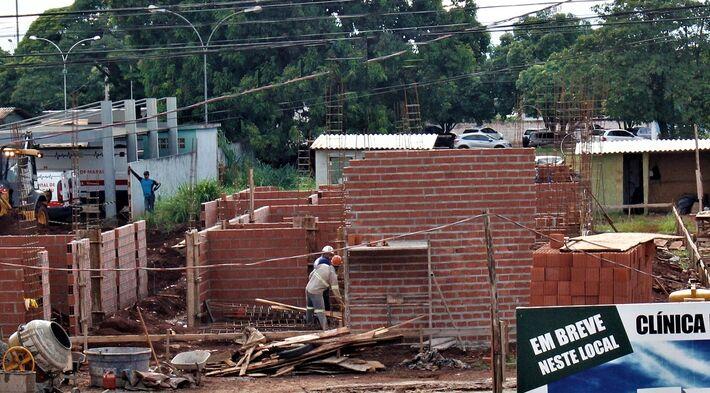 O início da construção da unidade só foi possível após parceria do Governo do Estado com a Prefeitura Municipal e a bancada federal de Mato Grosso do Sul no Congresso