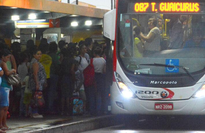 Transporte público em horário de pico na Capital
