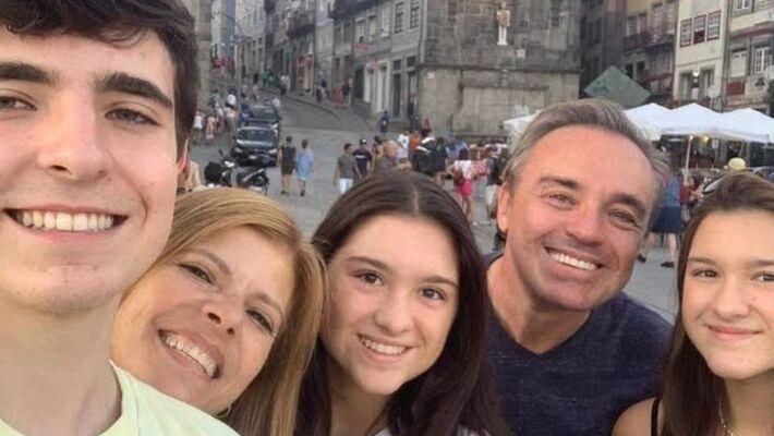 Gugu e a família