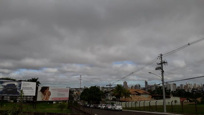Em Campo Grande início dessa manhã (12) teve céu bastante nublado