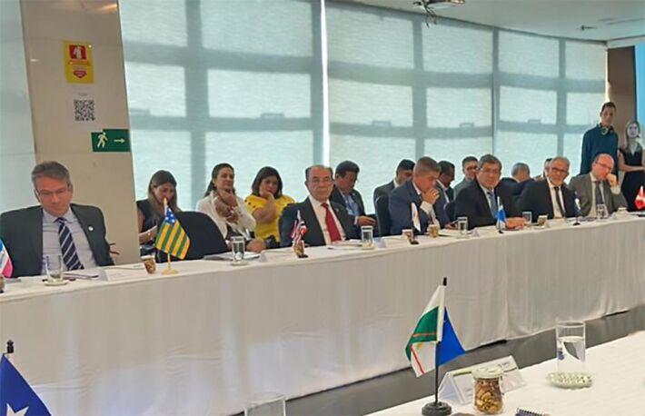 Conselheiro Waldir Neves na reunião do CNPTC