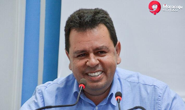 O pré-candidato a Prefeito de Maracaju e secretário de Fazenda, Lenílso Carvalho