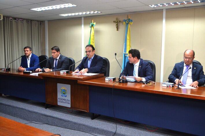 s trabalhos, presididos pelo deputado estadual Felipe Orro