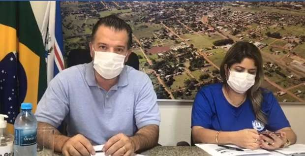 refeito de Jardim, Guilherme Monteiro (PSDB), decretou toque de recolher para combater o coronavírus. E aproveitou para propor aumento de 13% no próprio salário