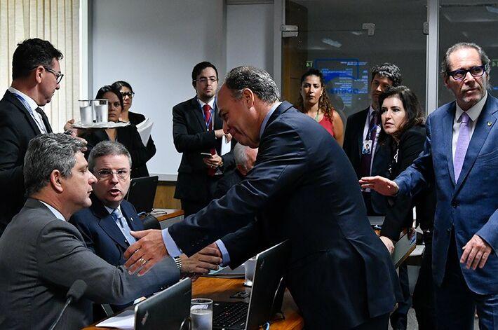 Na CCJ, senadores discutem acordo sobre a PEC dos Fundos Públicos | Fonte: Agência Senado