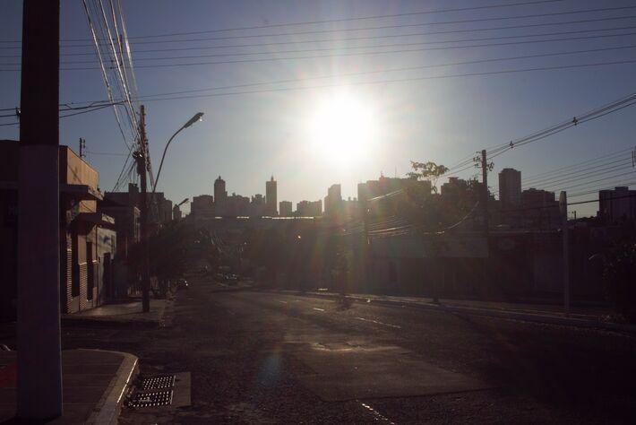 Nascer do Sol em Campo Grande, em MS |