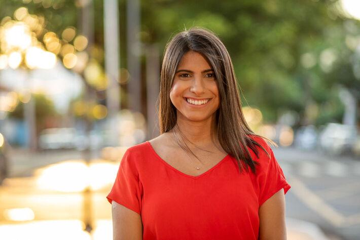 A escolhida de Mato Grosso do Sul é Camila Jara, 25 anos