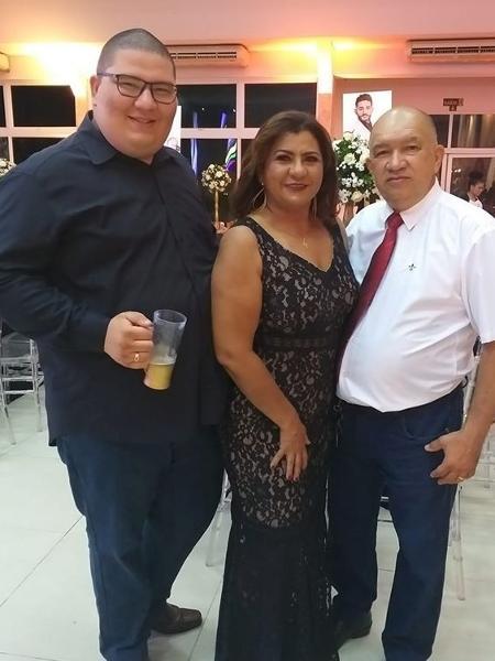 Matheus, o pai e a mãe