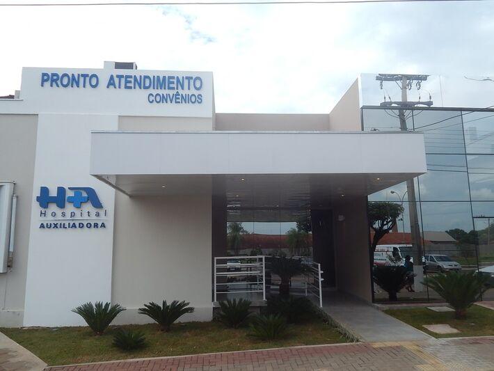 Homem está internado em estado grave no Hospital Auxiliadora, em Três Lagoas.