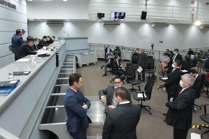 Vereadores em sessão nessa manhã (7.abril)