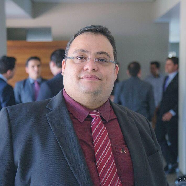 o Advogado, Professor da UEMS e Conselheiro Federal da OAB Wander Medeiros