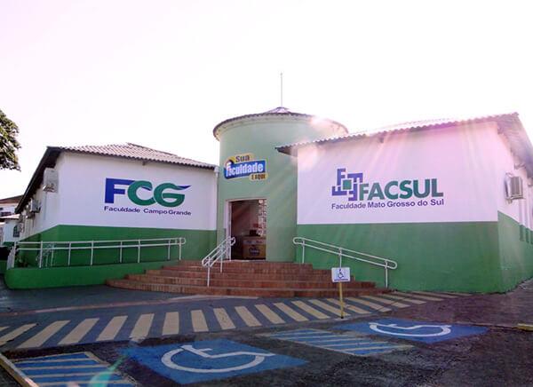 Sede da faculdade na Avenida Afonso Pena, no bairro Amambaí em Campo Grande
