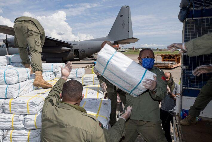 Nova Zelândia ajudou países vizinhos enviando mantimentos