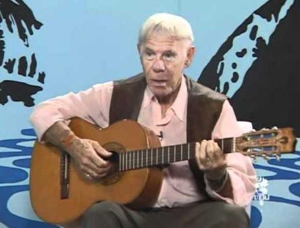 Faleceu neste sábado, 9, o cantor Carlos José