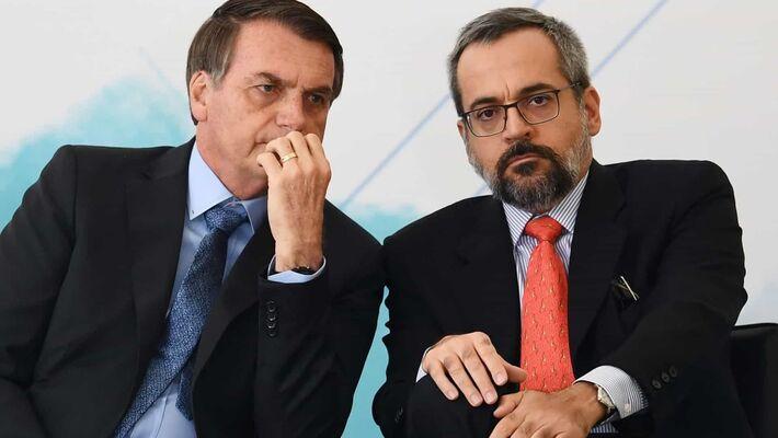 O presidente Jair Bolsonaro e o ministro da Educação, Abraham Weintraub