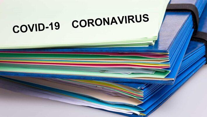 Graças a uma força-tarefa de 40 voluntários que, diariamente, compilam boletins epidemiológicos das 27 Secretarias Estaduais de Saúde, disponibilizamos uma base de dados