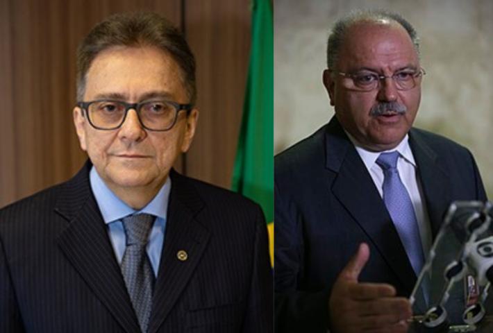 A esquerda, - José Barroso Tostes Neto; a direita, - general Sergio Etchegoyen