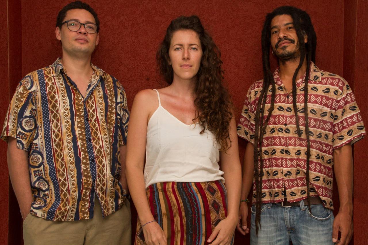Marcos Vinicius Campelo, Vanessa Bohn e Rafael de Sá, que fazem parte do projeto Quilombo em Atividade