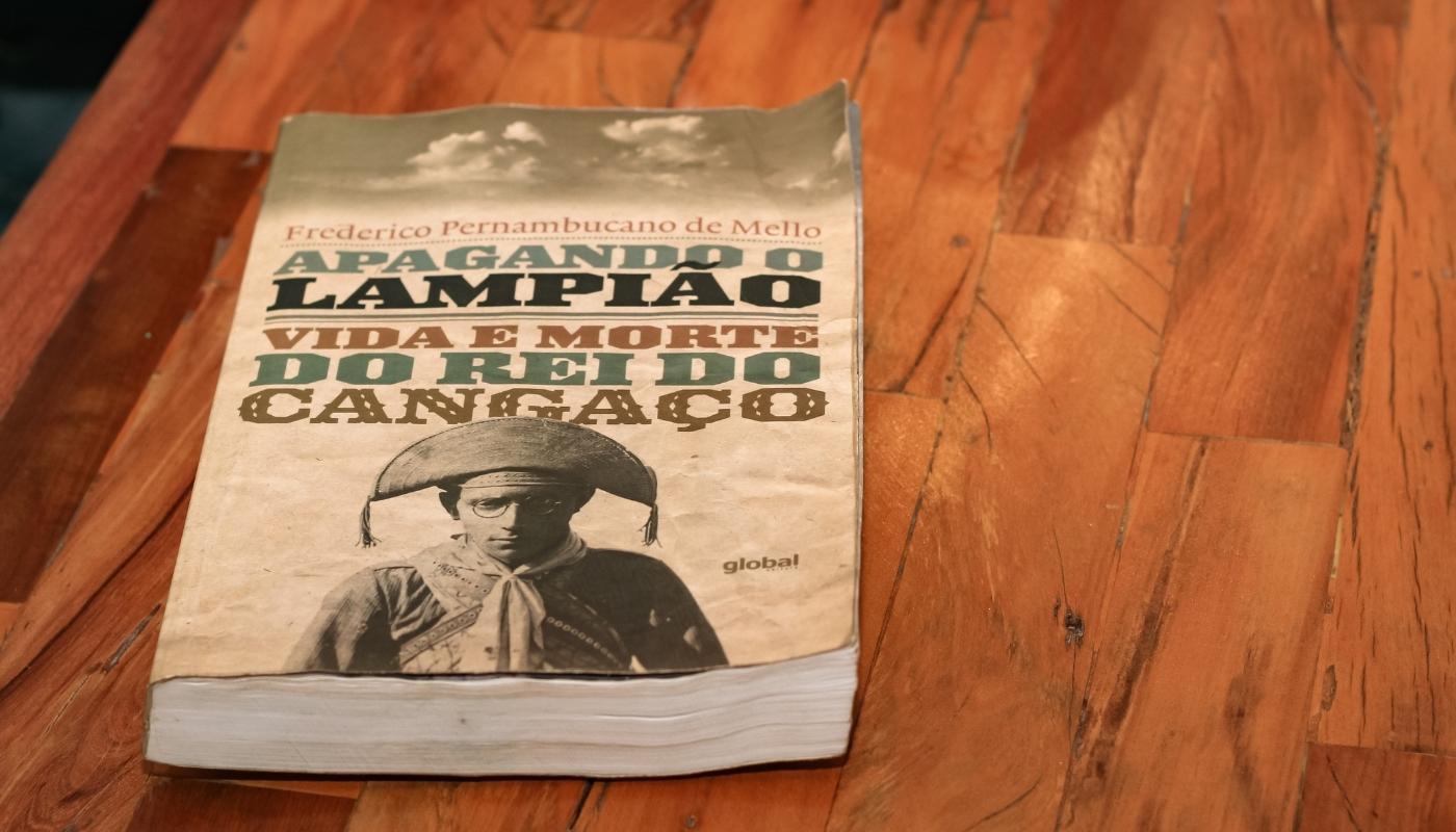 Ultimo livro que Zé lia e que não concluiu até sua morte