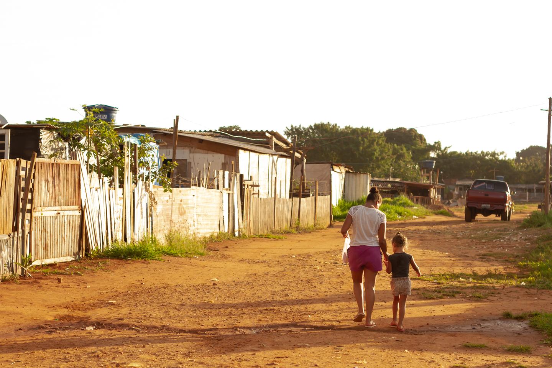 """Favela """"Só Por Deus"""" em Campo Grande"""