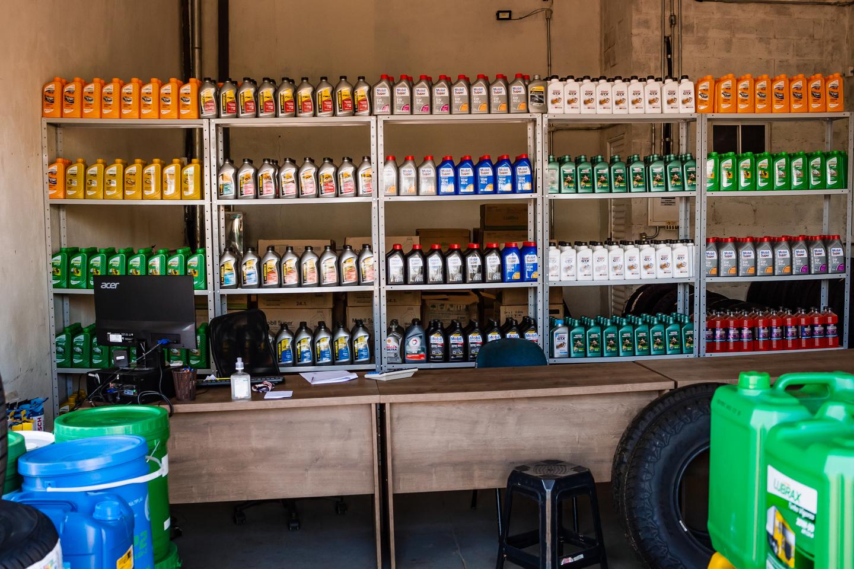 Empresa trabalha com diversos tipos de lubrificantes com preços acessíveis